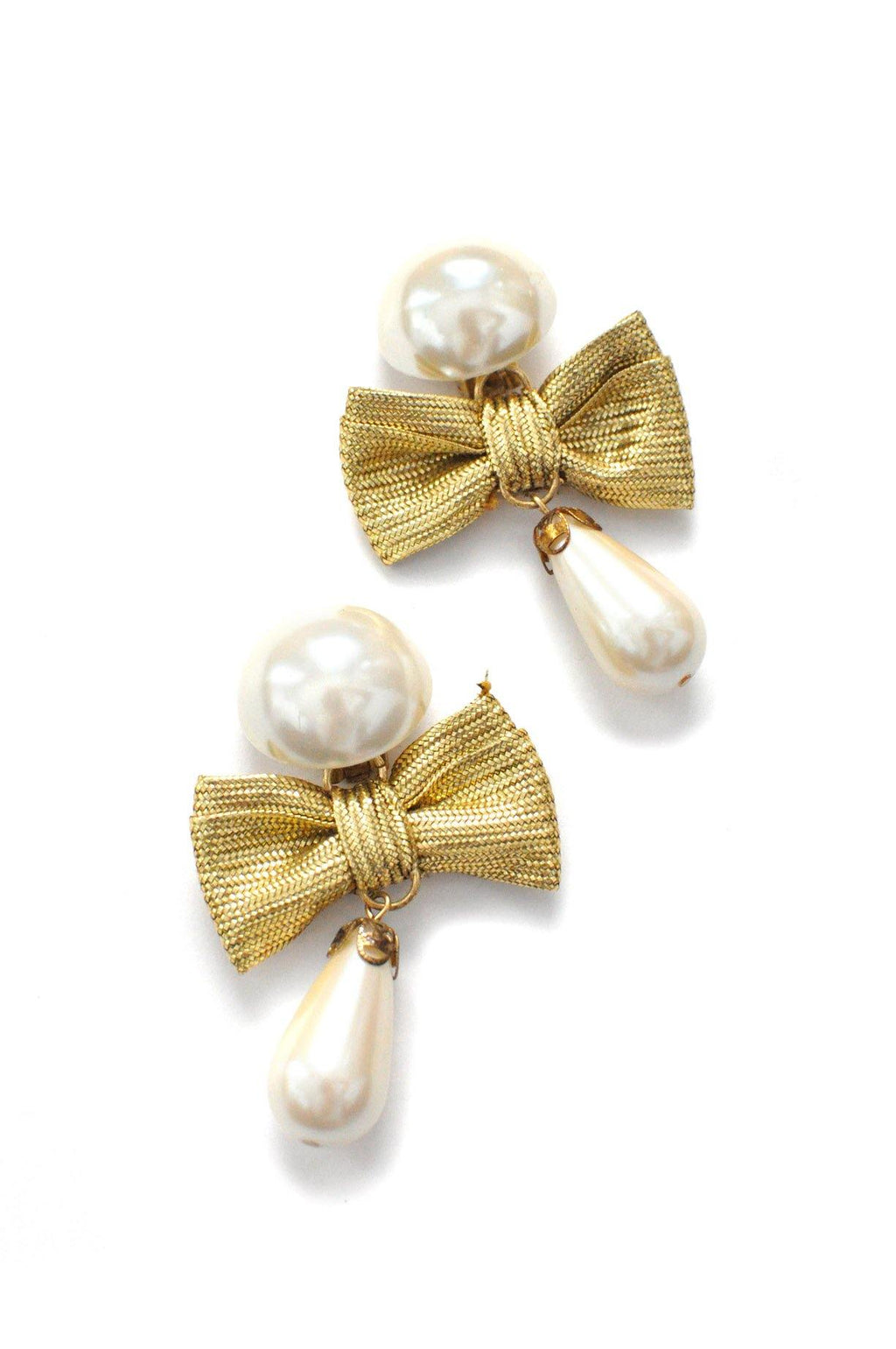 Pearl Bow Clip-on Earrings