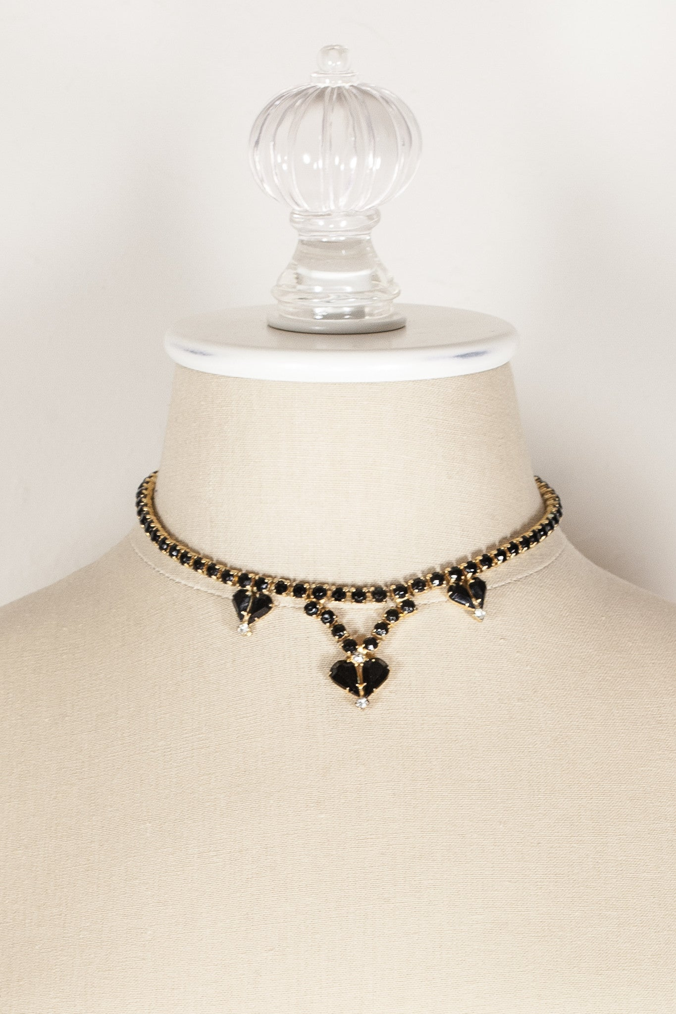 70's__Vintage__Black Rhinestone Drop Necklace