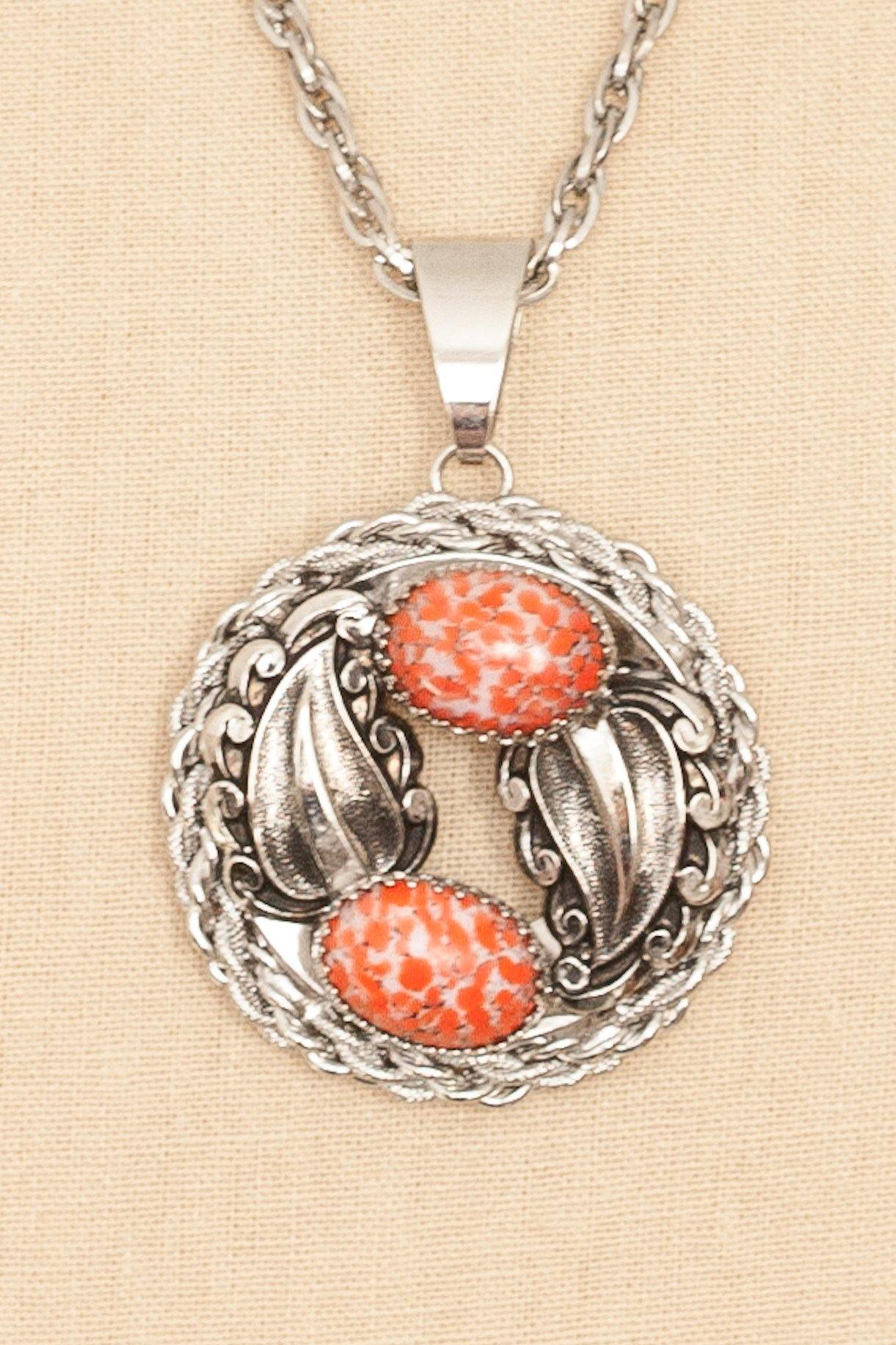 70's__Vintage__Coral Disc Pendant Necklace