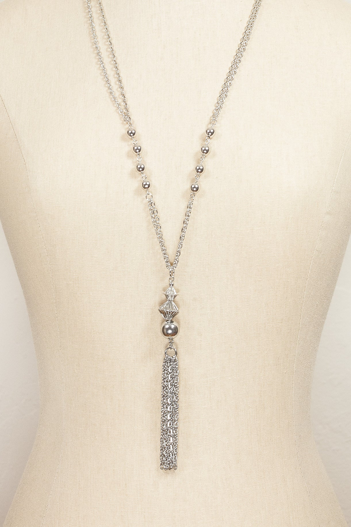 60's__Vintage__Classic Silver Tassel Necklace