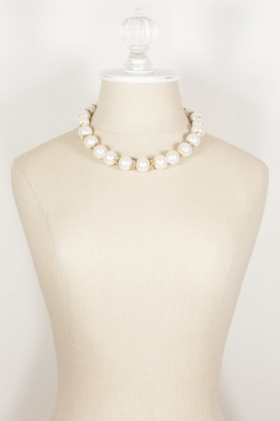80's__Vintage__Statement Pearl Bib Necklace