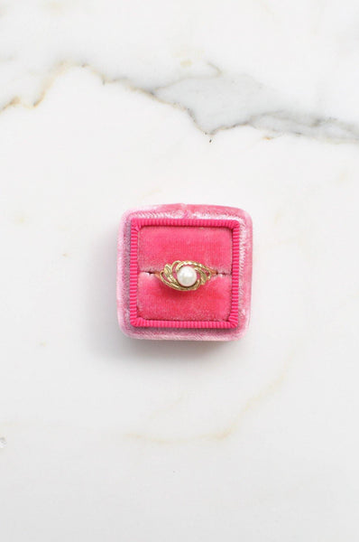 __Gold West Vintage__Classic Pearl Ring
