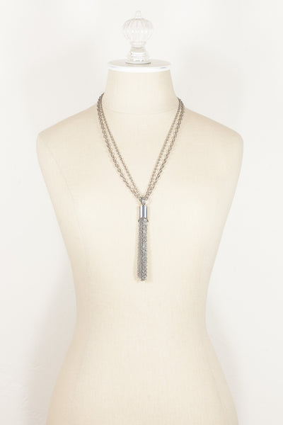 70's__Vintage__Silver Tassel Necklace