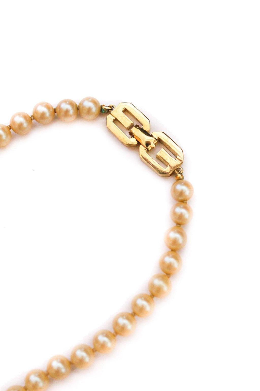Givenchy Classic Pearl Necklace