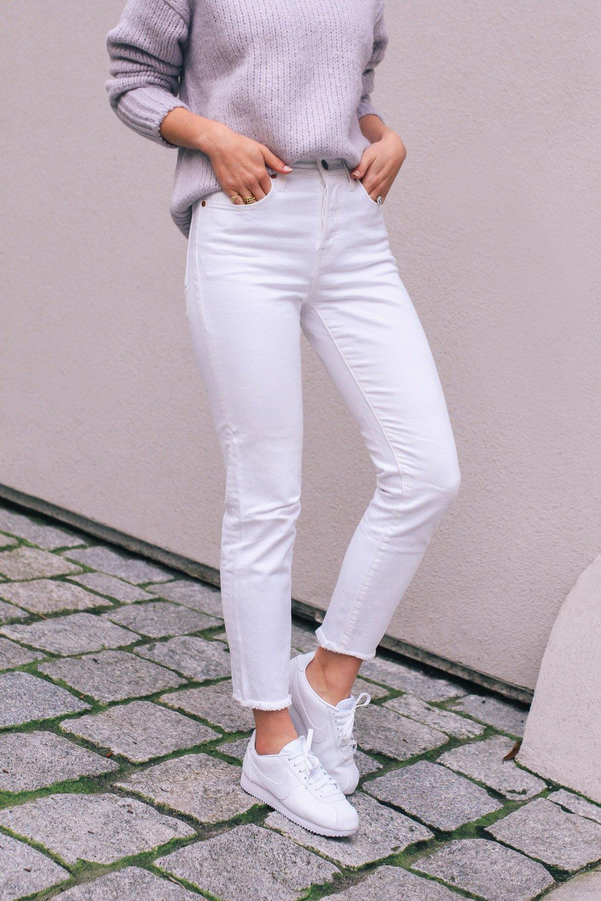 Levi's White Wedgie Jeans