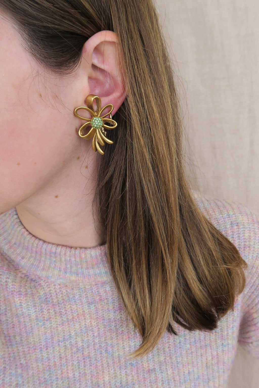Oscar De La Renta Bow Clip-on Earrings