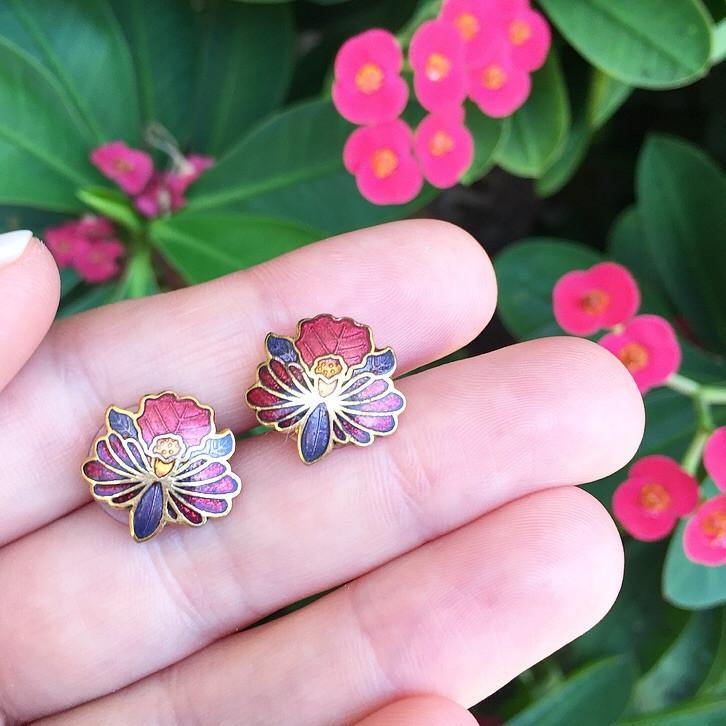 80's Mini Hibiscus Earrings