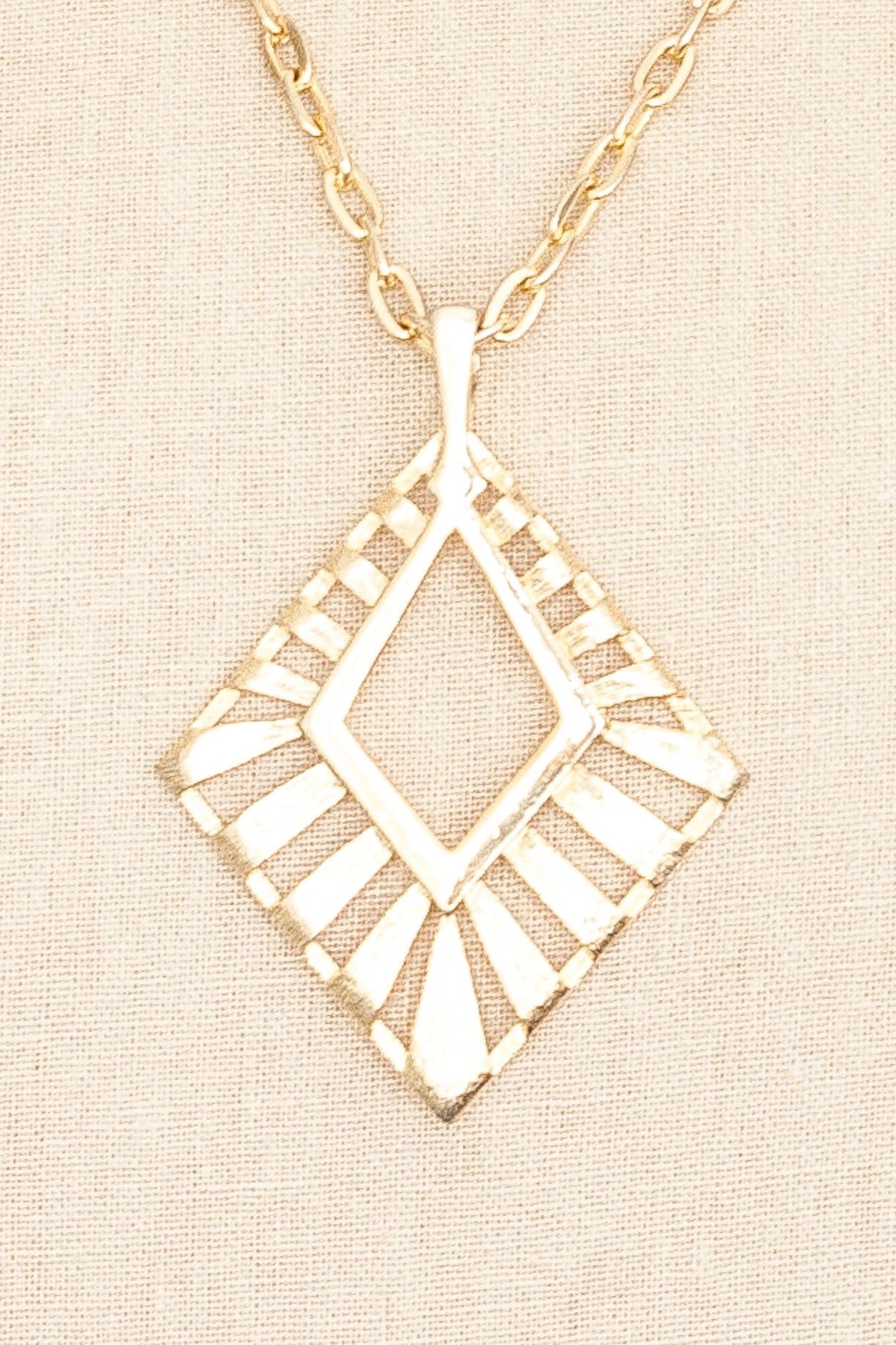 70's__Vintage__Diamond Pendant Necklace