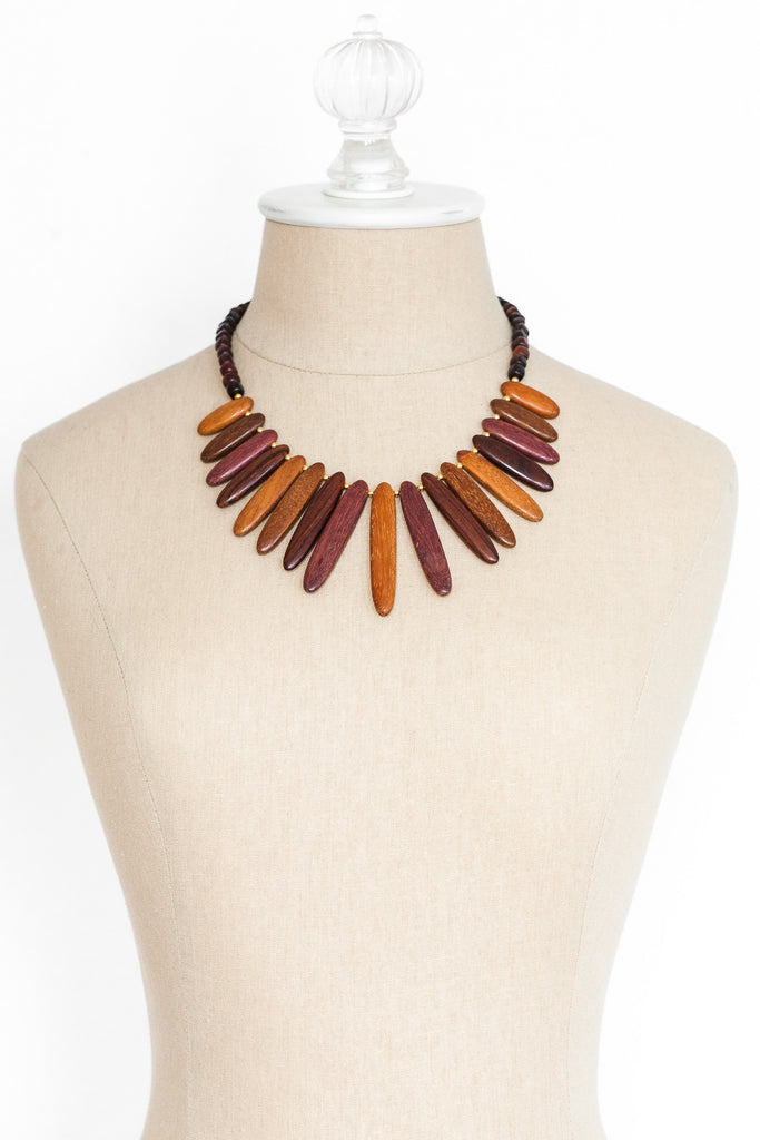 70's__Vintage__Wooden Fringe Necklace