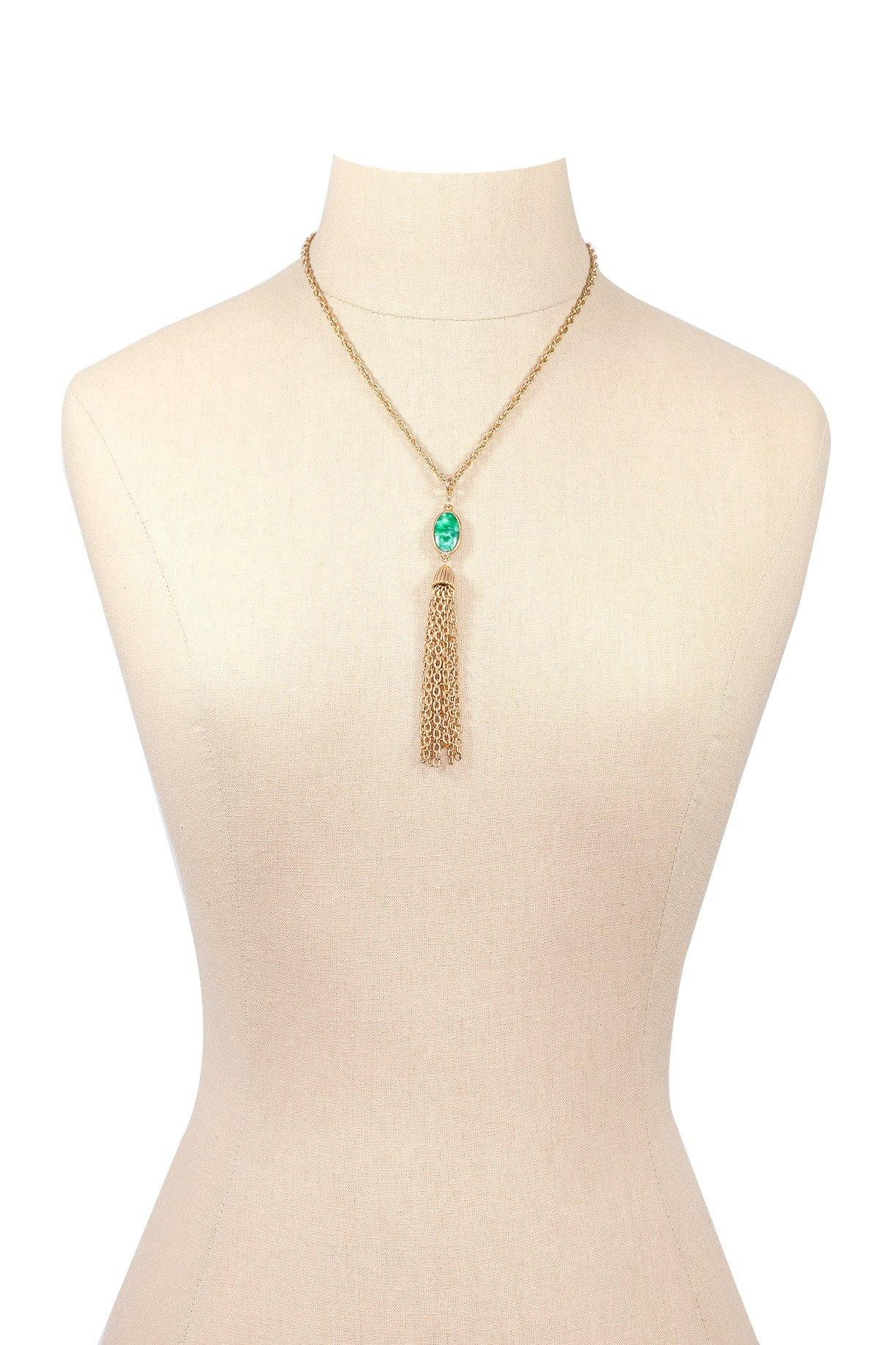 60's__Vintage__Dainty Tassel Necklace