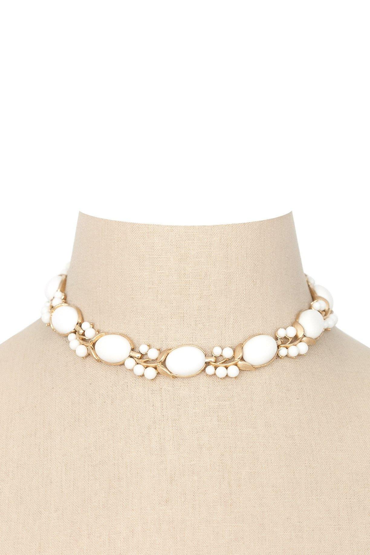 50's Trifari Milkglass Choker Necklace