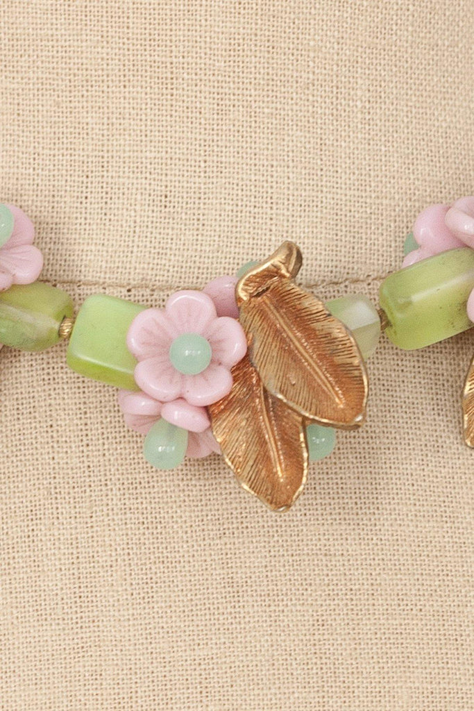 50's__Vintage__Statement Floral Necklace