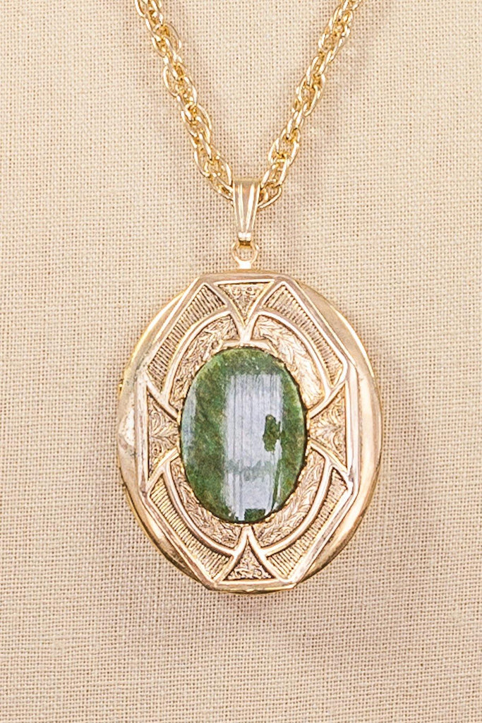 70's__Vintage__Jade Locket Pendant Necklace