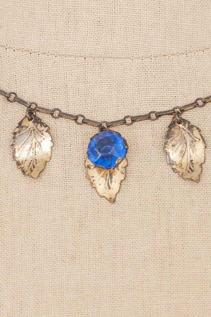 50's__Vintage__Leaf Fringe Necklace
