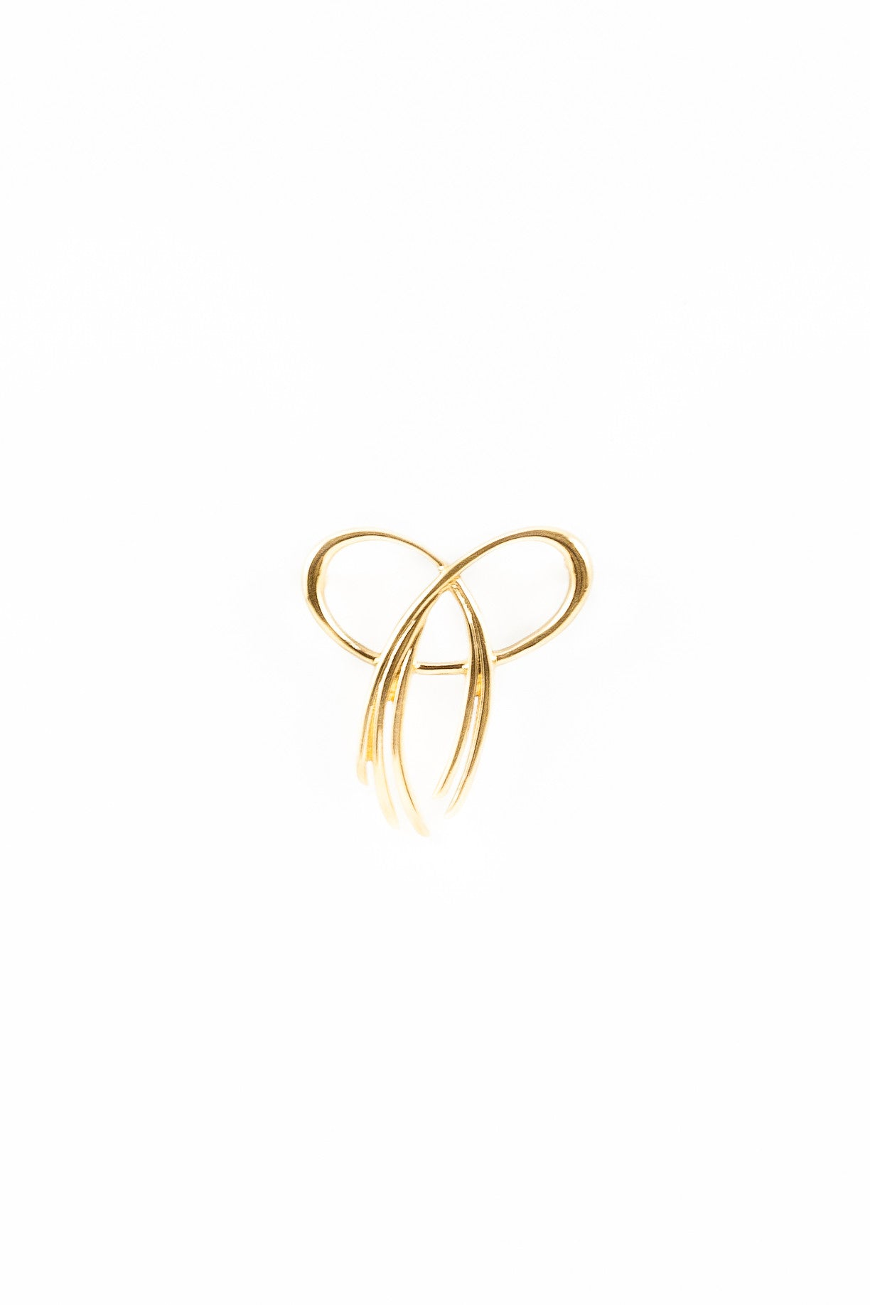 50's__Trifari__Simple Mini Bow Pin