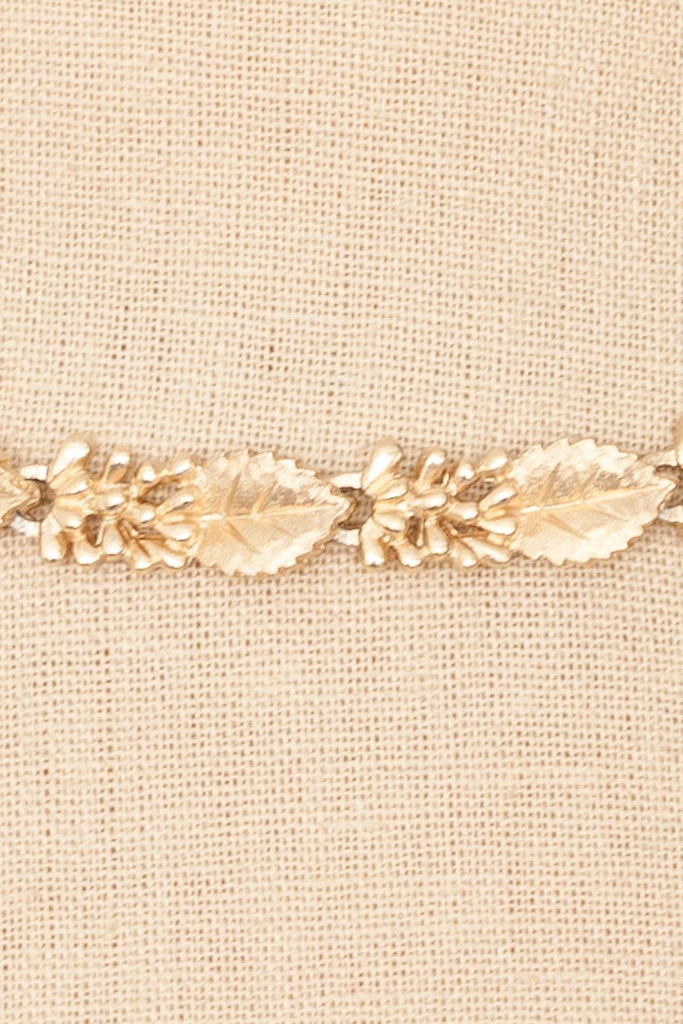 60's__Trifari__Leaf Choker Necklace