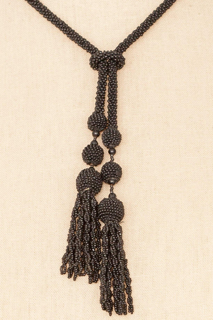 50's__Vintage__Beaded Tassel Necklace