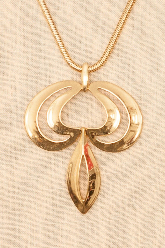 80's__Trifari__Classic Pendant Necklace
