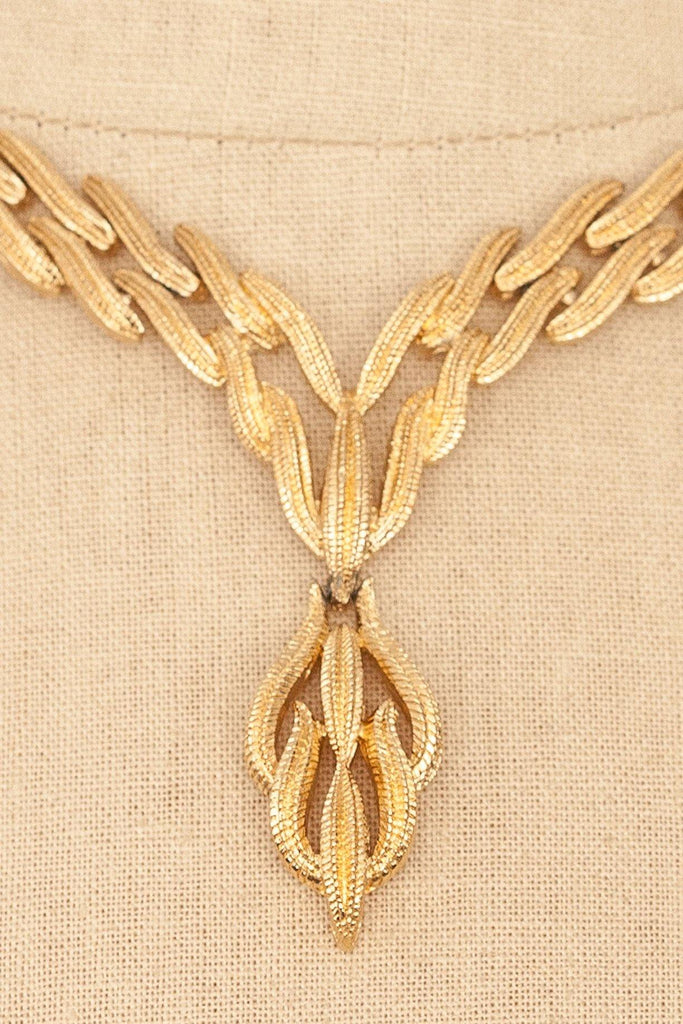 60's__Monet__Gold Wave Necklace