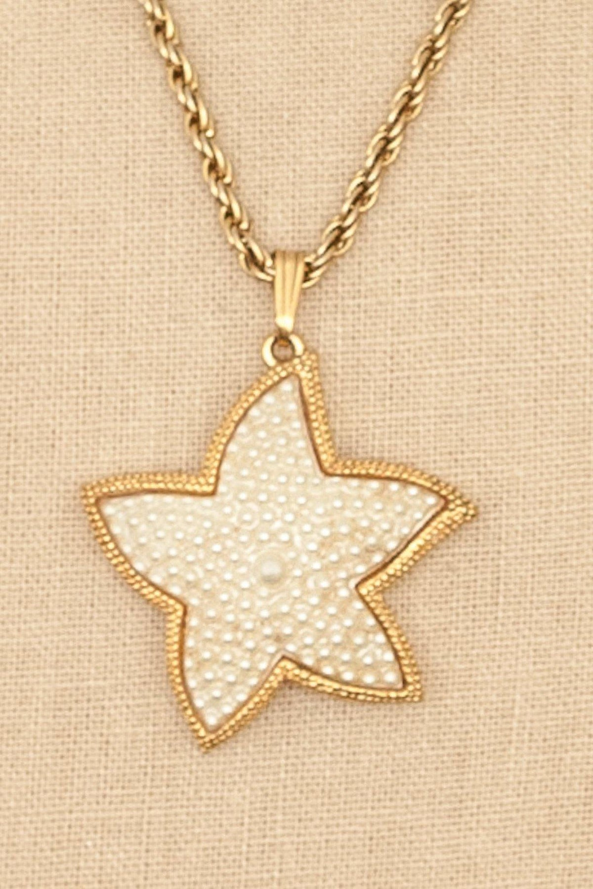 80's Vintage Pearl Star Pendant Necklace