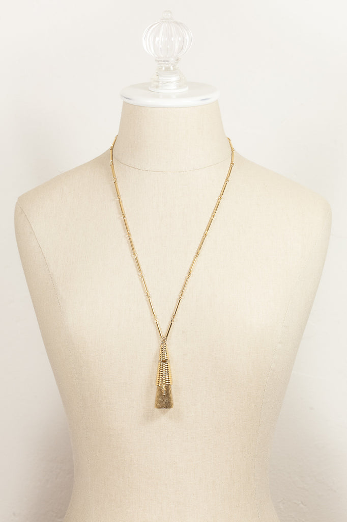 70's__Monet__Triangle Pendant Necklace