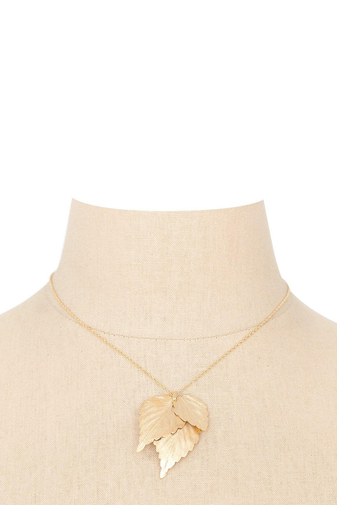 70's__Vintage__Leaf Pendant Necklace