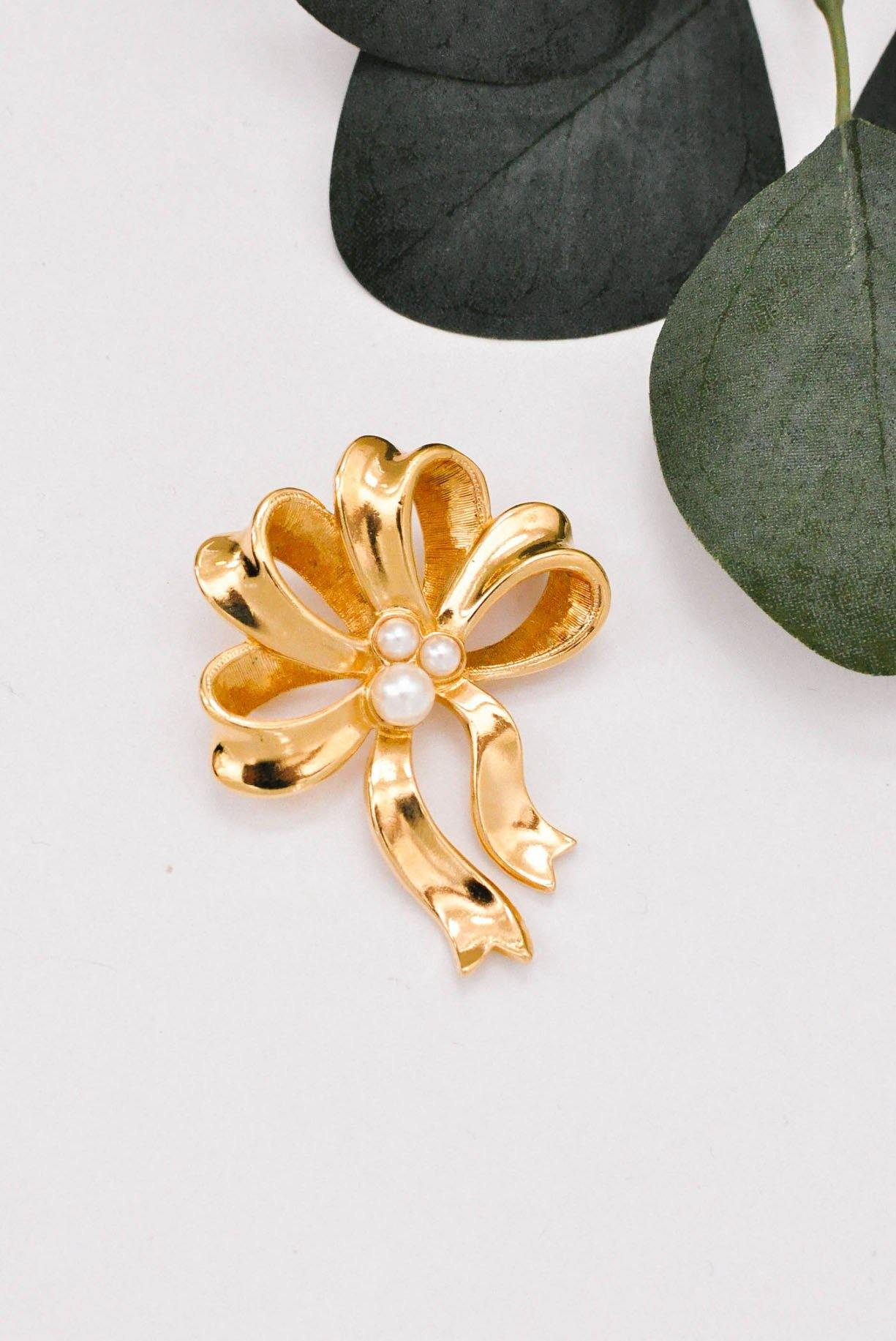 Gold and Pearl Bow Brooch