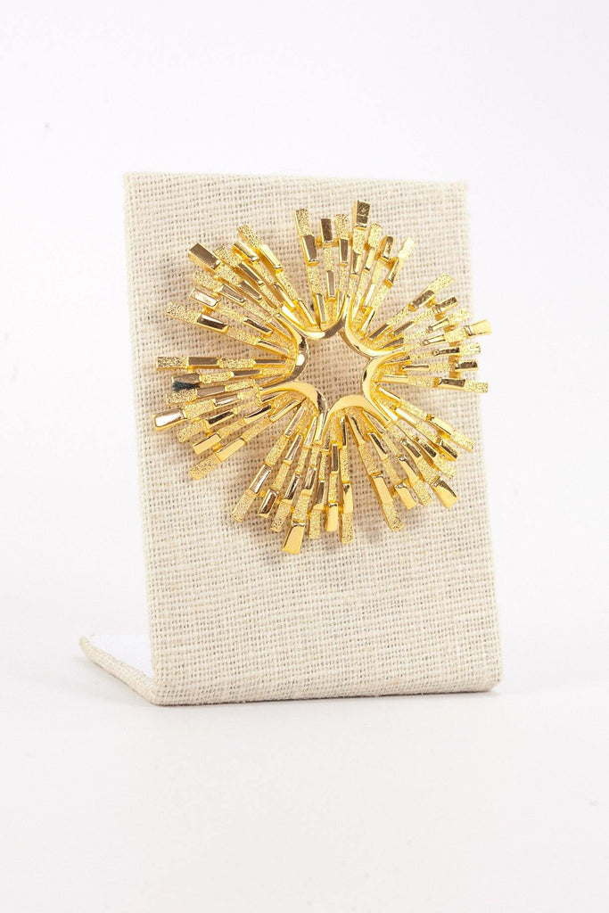 50's__Trifari__Textured Gold Brooch