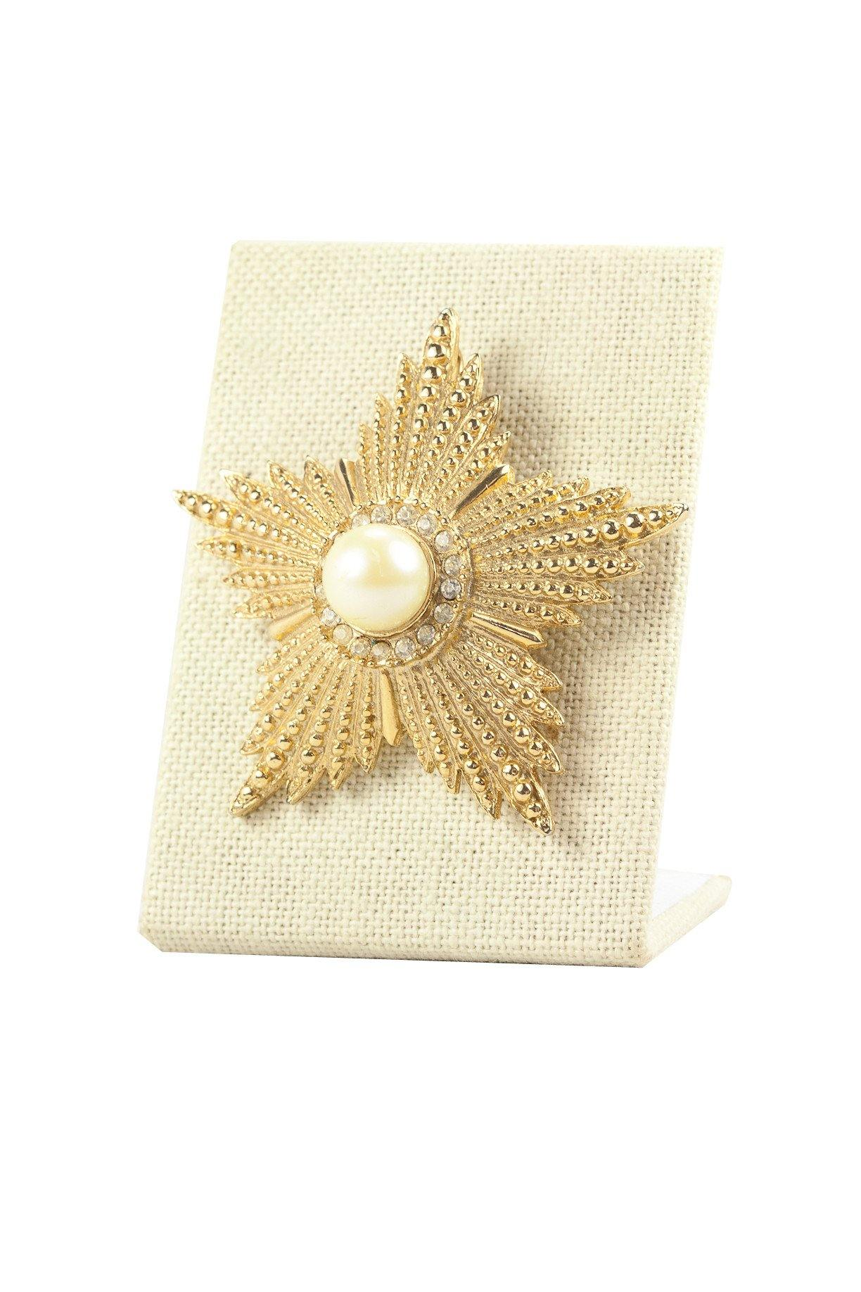 60's__Cathe__Pearl Embellished Star Brooch