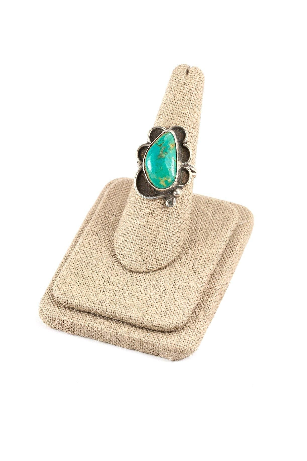 60's__Vintage__Scalloped Turquoise Sterling Ring