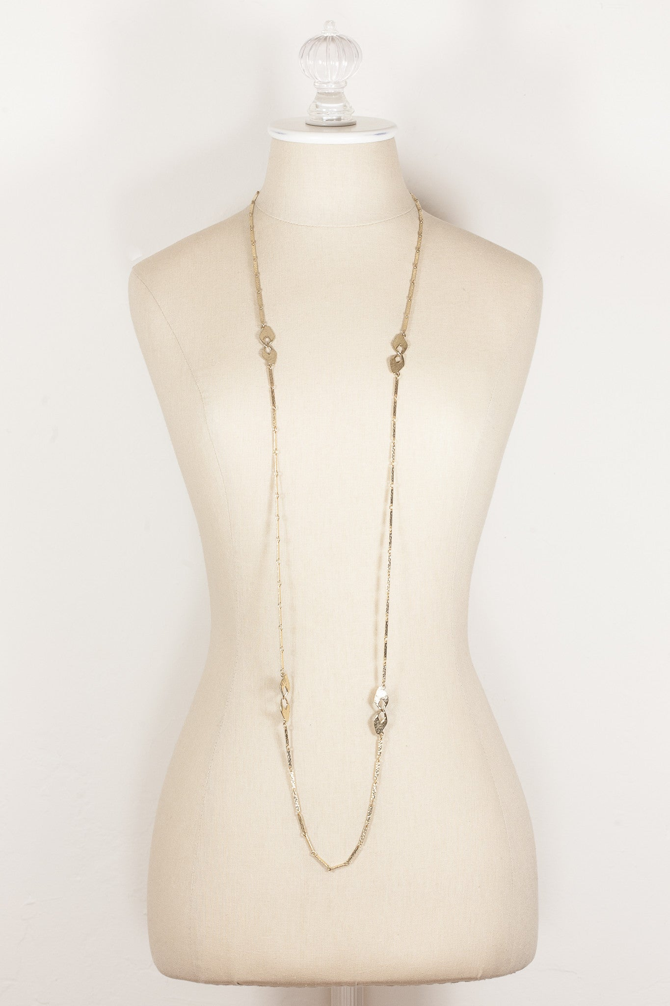 70's__Vintage__Hammered Extra Long Chain Necklace