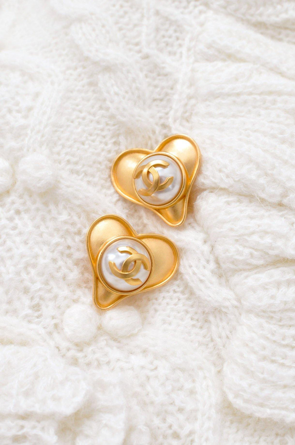 Chanel CC Pearl Heart Clip-on Earrings