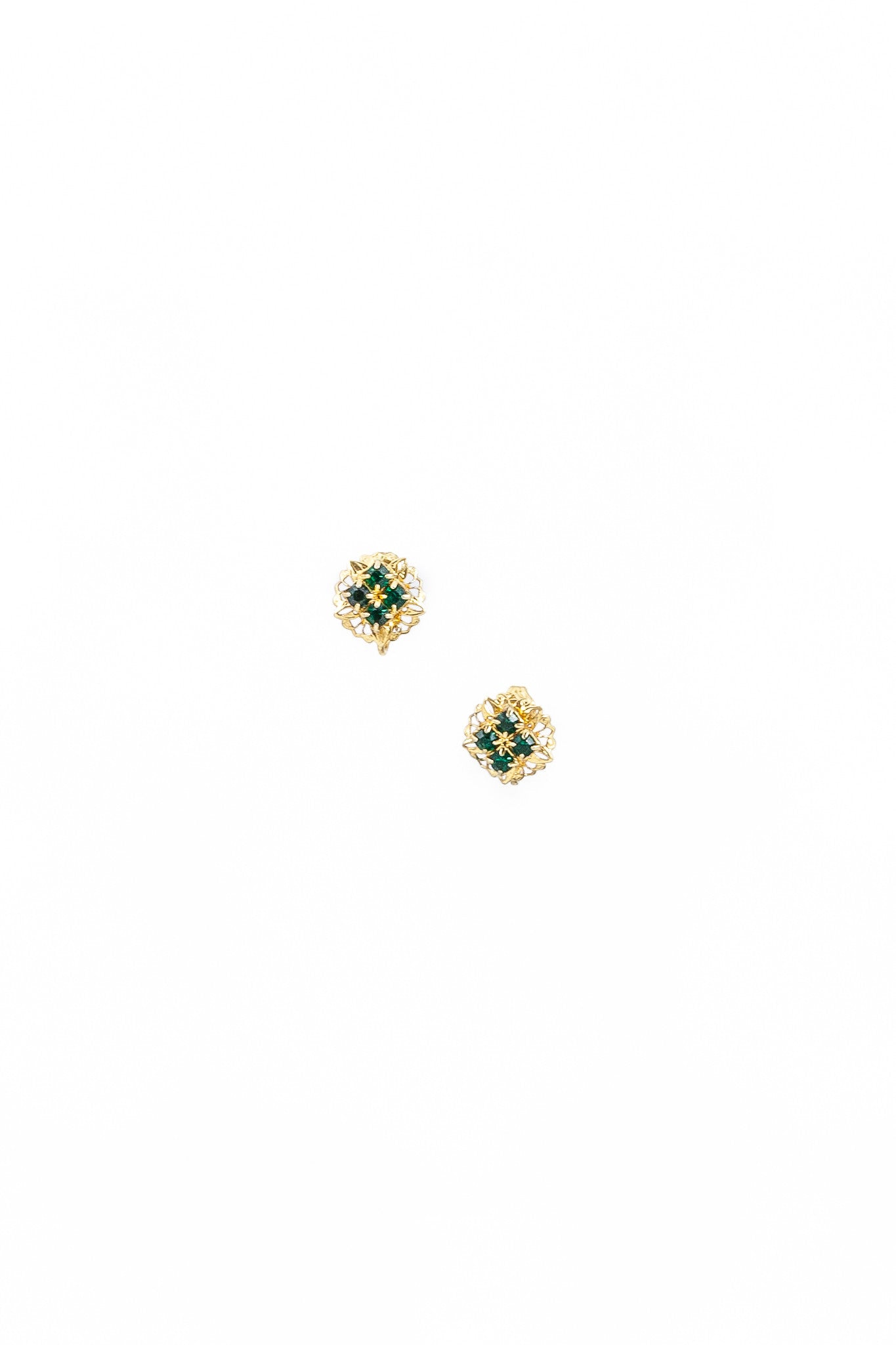70's__Vintage__Emerald Stone Stud Clip-on Earrings