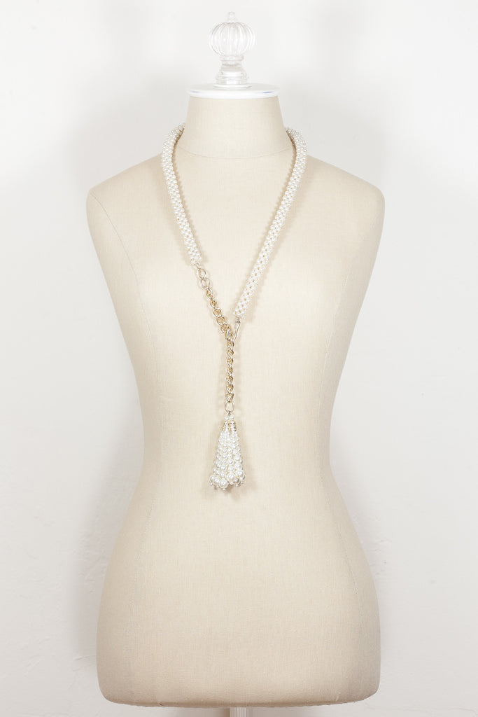 70's__Vintage__Statement Pearl Tassel Necklace