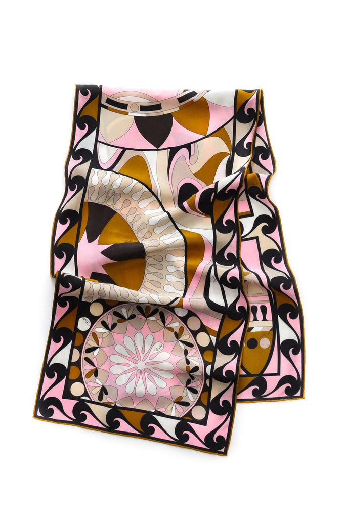 best service 0c6bc f4317 Pucci Rectangle Scarf