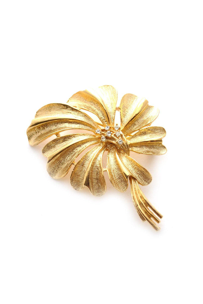 60s__Coro__Gold Floral Brooch
