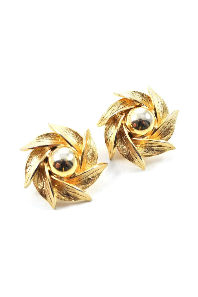 60s__Vintage__Gold Floral Clip-On Earrings