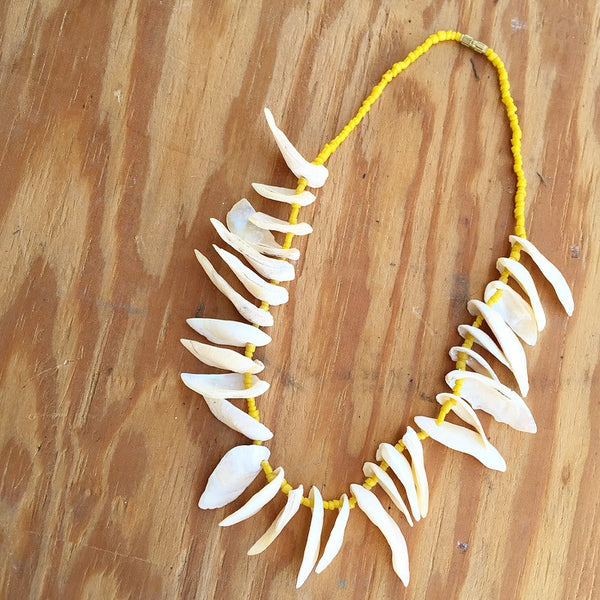 70's Shell Fringe Necklace