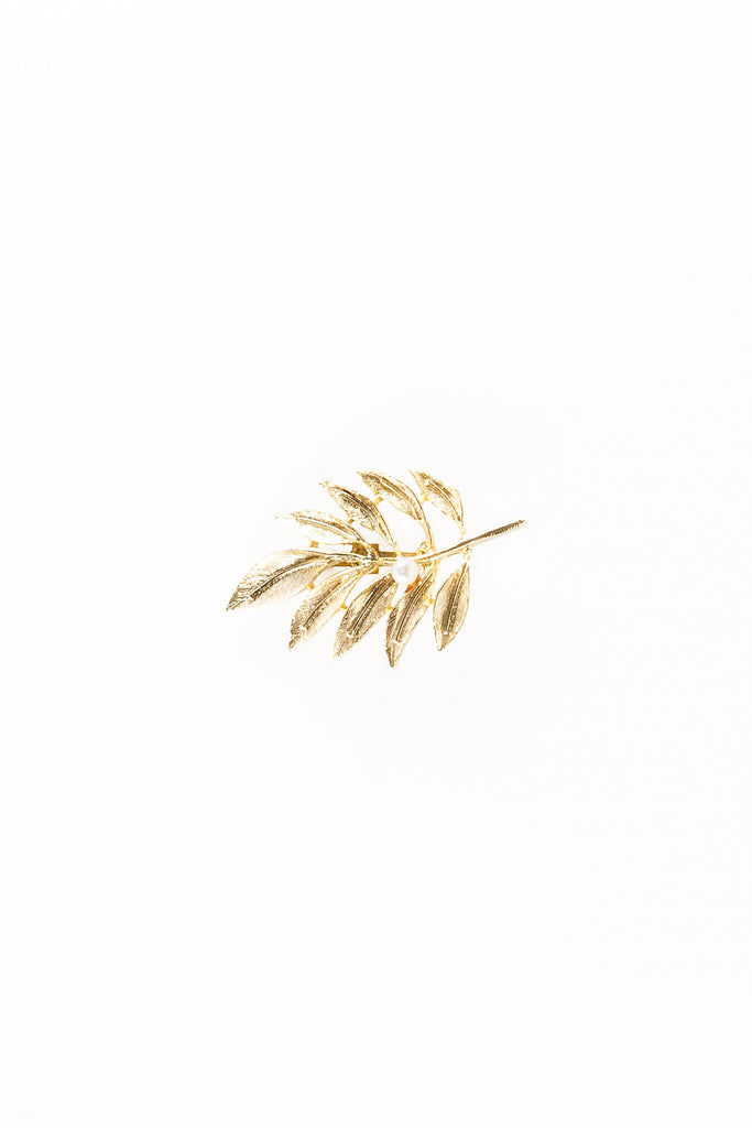 80's__Vintage__Fall Leaf & Pearl Brooch