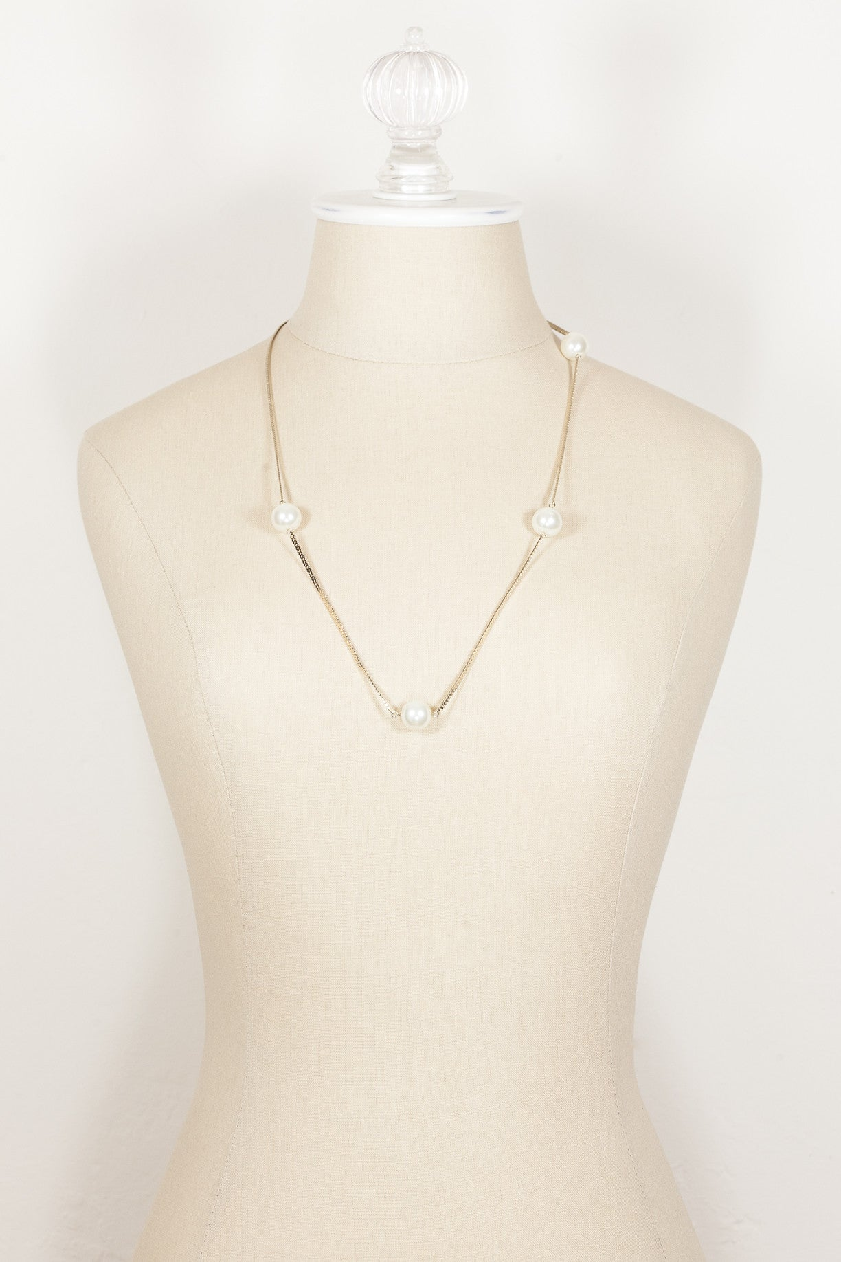 70's__Vintage__Flat Chain and Pearl Necklace