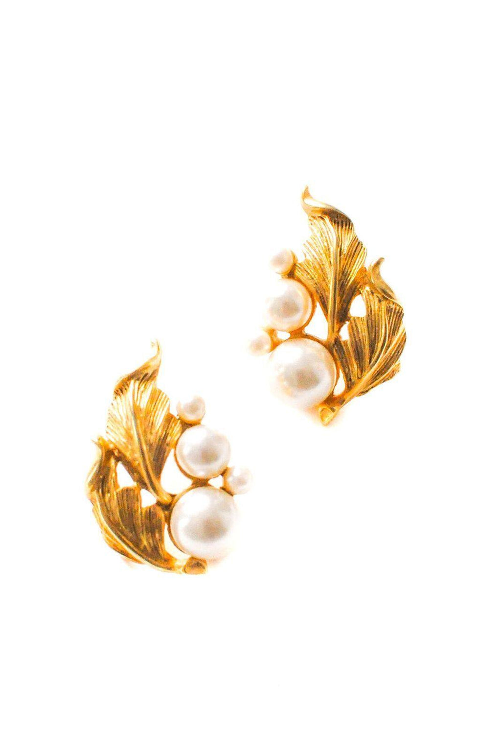 Pearl Cluster Pierced Earrings