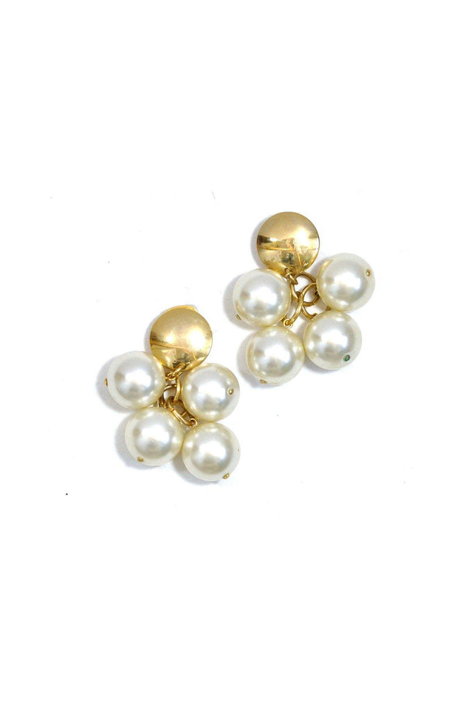 80's__Vintage__Chunky Pearl Clip-On Earrings