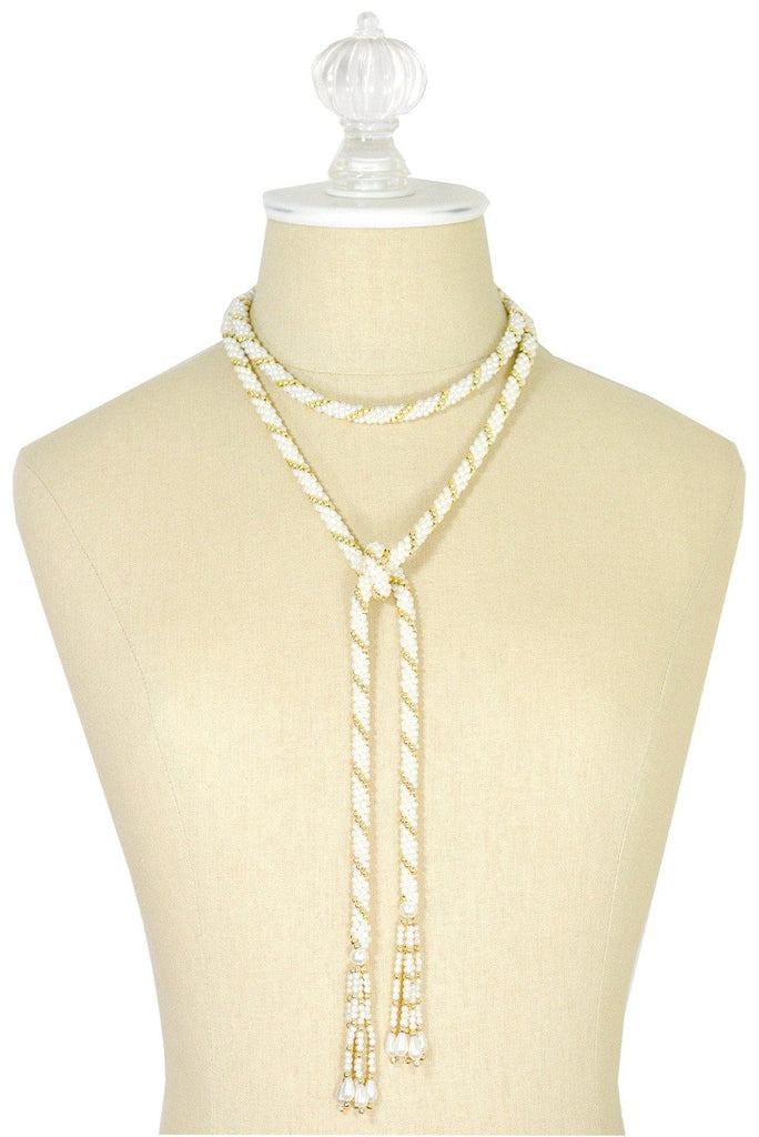 60's__Vintage__Pearl Lariat Necklace