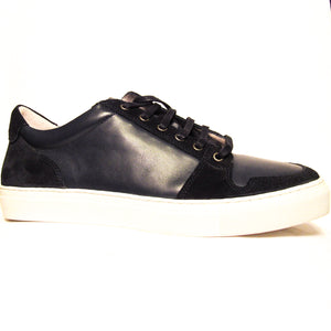 Alphakilo Leather Low Top Sneaker