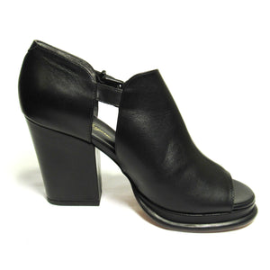 Robert Clergerie Amam Open Toe Leather Heel
