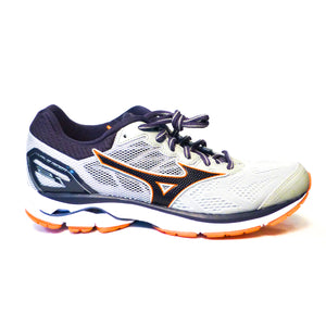 New Mizuno Women's Wave Rider 21D - Size 9