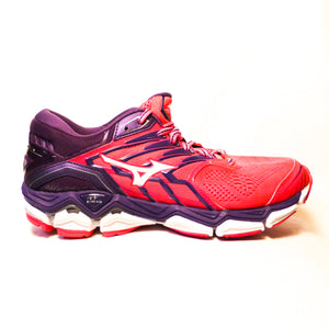 New Mizuno Women's Wave Horizon 2 - Size 10.5