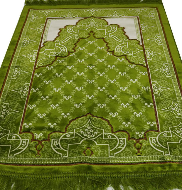 Aydin Prayer Rug Velvet Wide Large Islamic Prayer Rug Trellis Bright Green - Modefa
