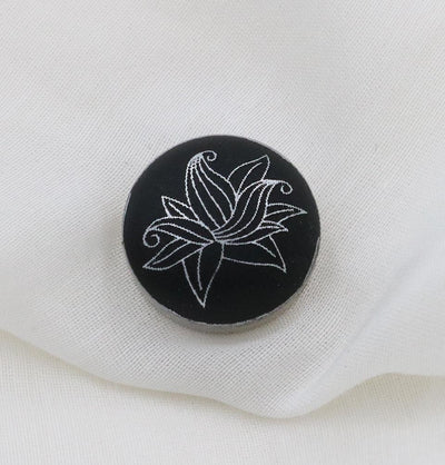 Magnetic Hijab 'Pin' Black Flora