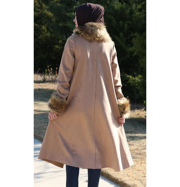 Puane Outerwear Puane Suede Poncho Coat with Fur 3131 Beige - Modefa